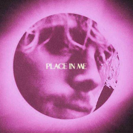 دانلود آهنگ Place In Me از Luke Hemmings